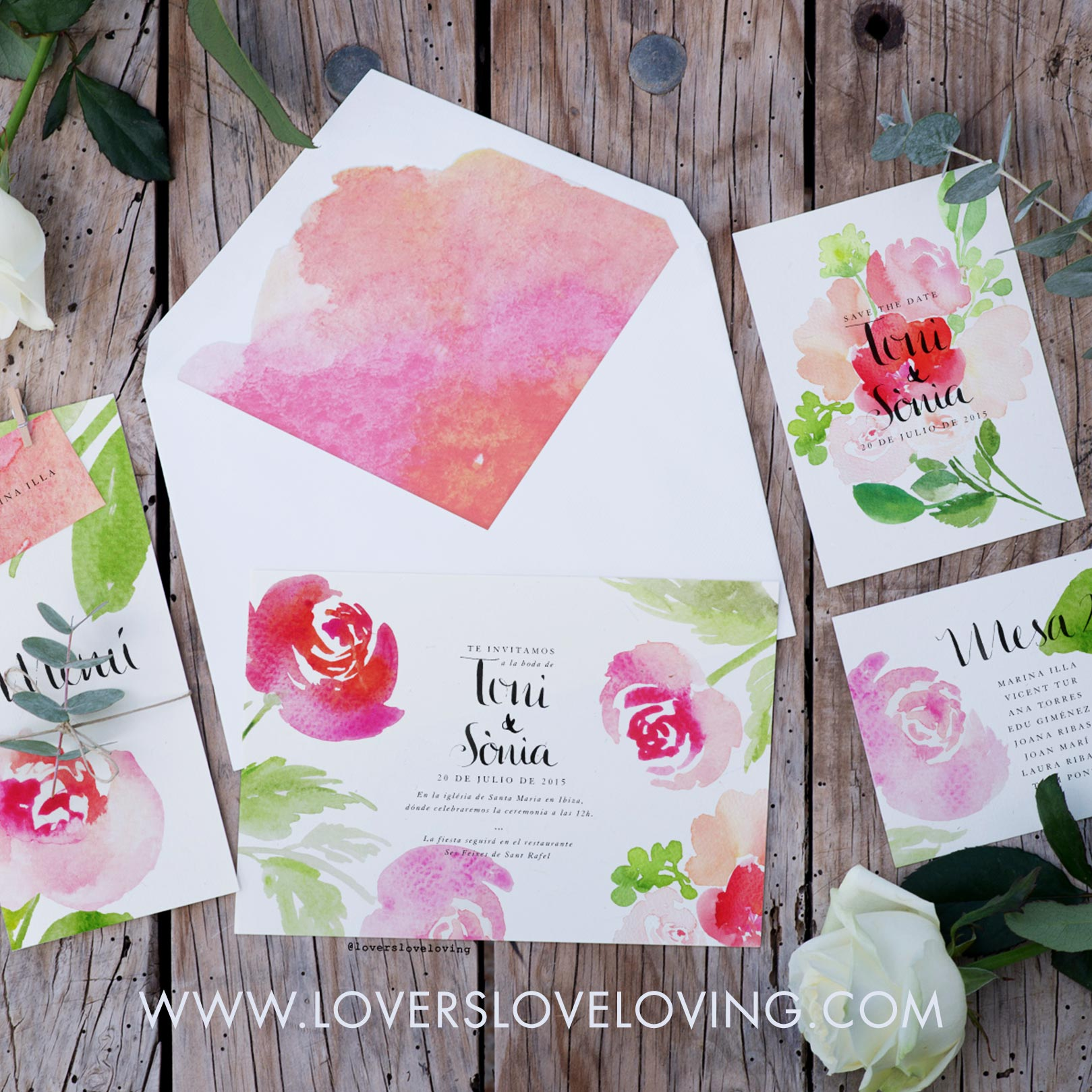 Watercolor wedding invitations designed by Claudia Orengo from Heartmade.es - Lovers Love Loving