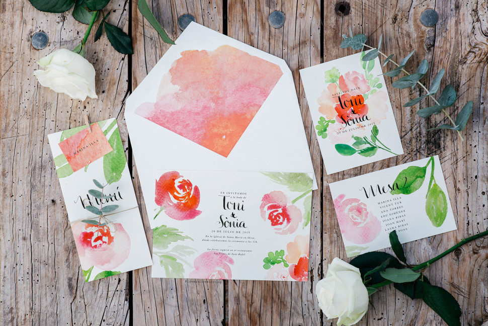 Watercolor Wedding Invitations designed by Claudia Orengo from www.loversloveloving.com